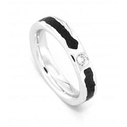 Wide aeolian diamond ring