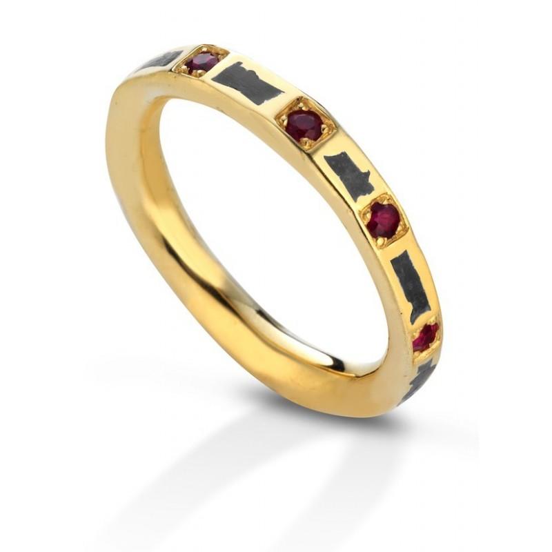 Aeolian ring wide rubies